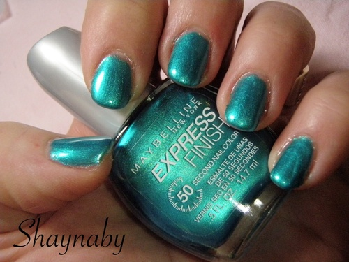 Swatch Timely Turquoise de Maybelline