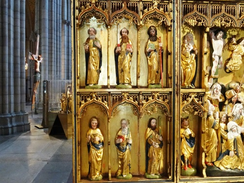 Les beaux rétables de la cathédrale d'Uppsala en Suède (photos)