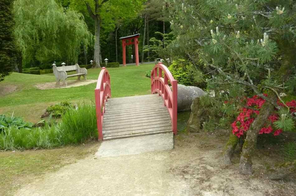 Jardin japonais de l'hôpital d'Aincourt.