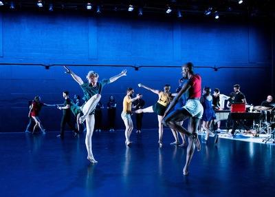 dance ballet class rebecca lazier