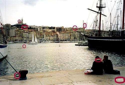 Déjeuner sur le Vieux Port de Marseille - jeu 8 erreurs