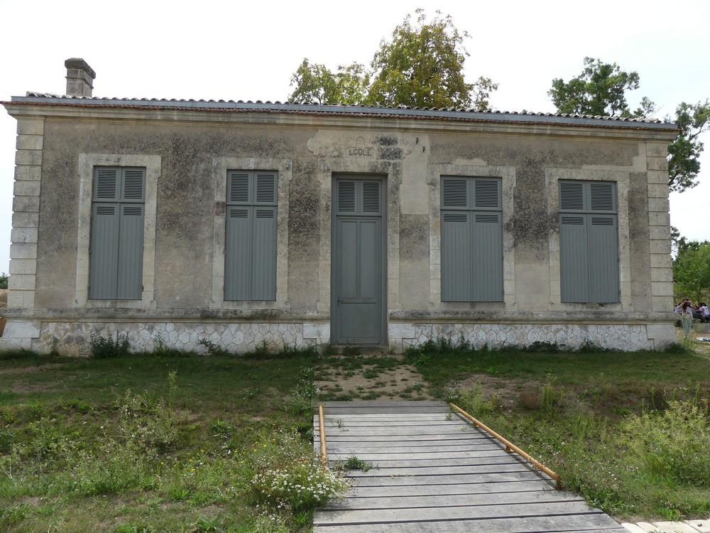 """Week-end """"Découverte atypique et ludique de Bordeaux"""" (3/3) : le bateau des Curiosités..."""
