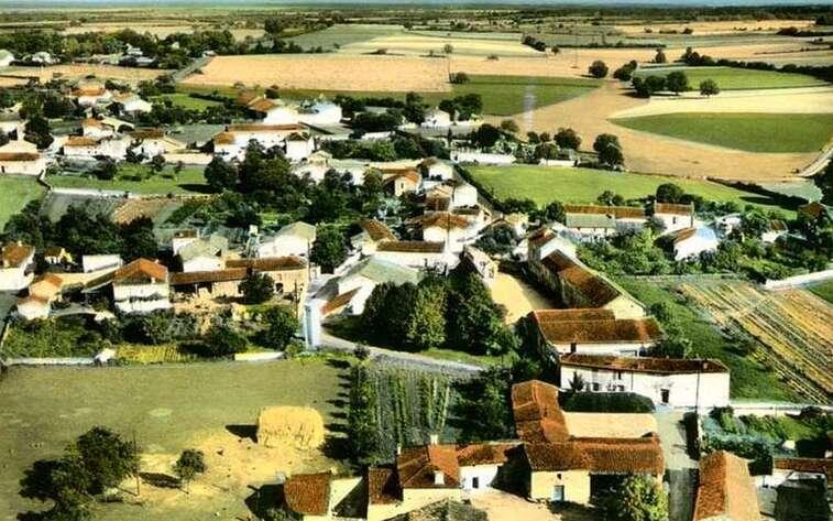 """Résultat de recherche d'images pour """"Salles-de-Villefagnan"""""""
