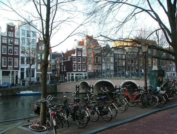 Amsterdam--3-.JPG