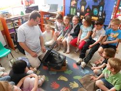Un gramophone à l'école