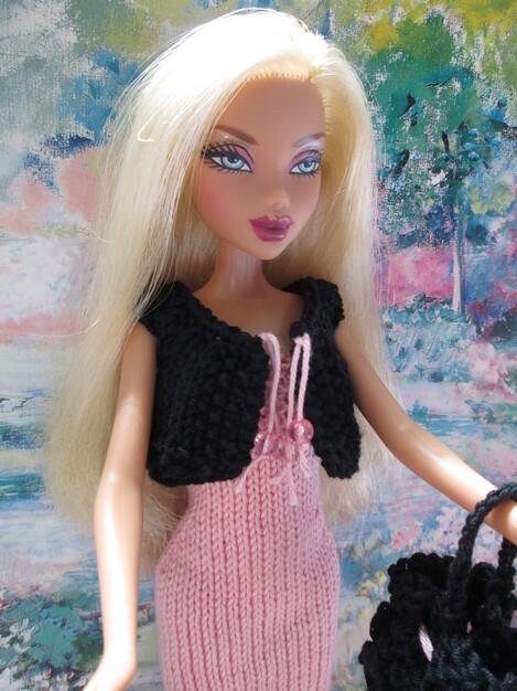 Robe et boléro pour barbie