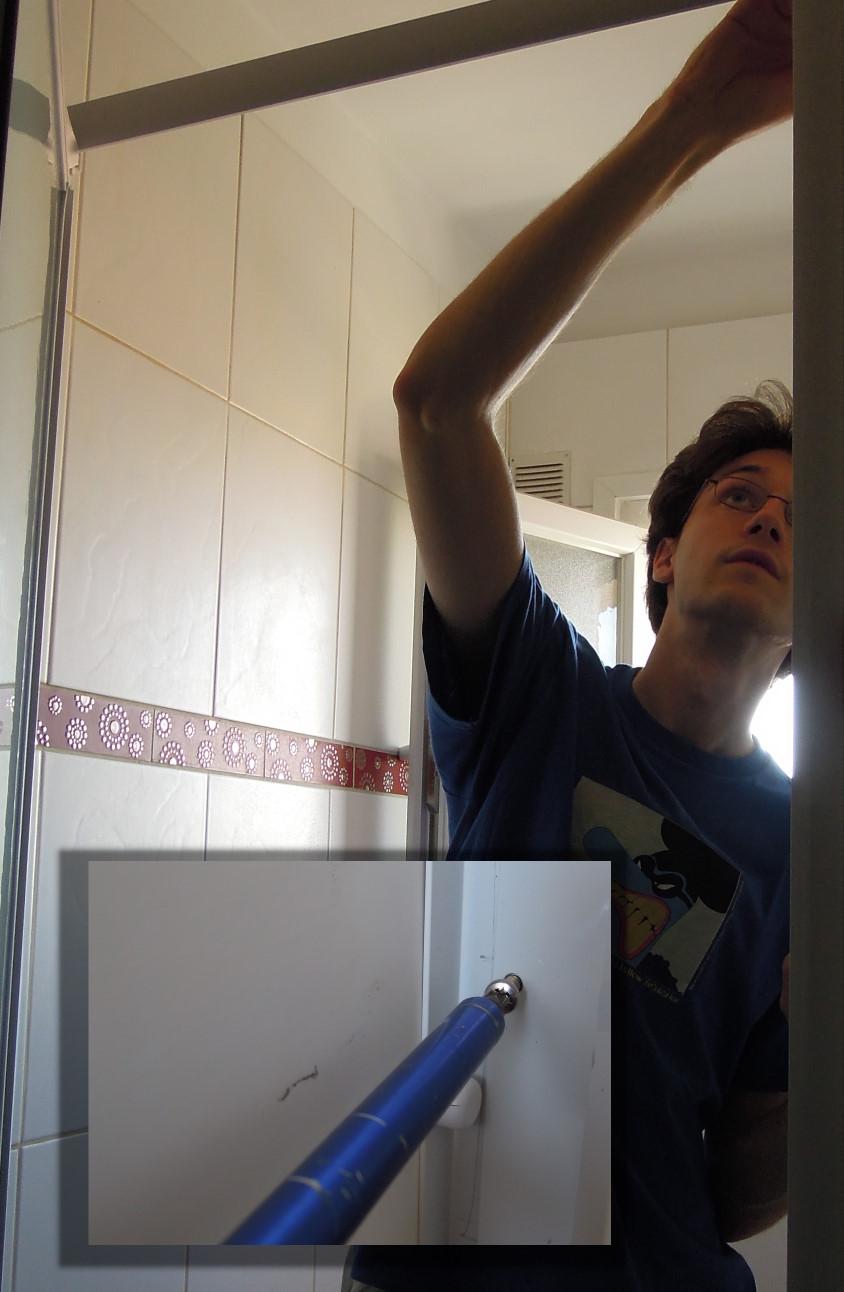 La porte de douche 1er prix wonder poubelles est de retour for Porte 1er prix