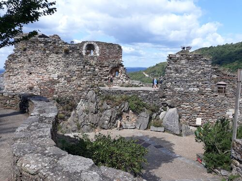 Les ruines du château d'Hautpoul