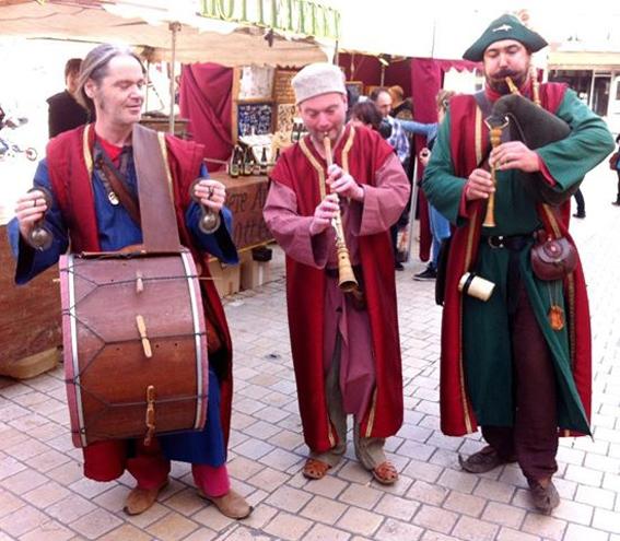 Curragh - Fêtes médiévales - Déambulation sur le marché