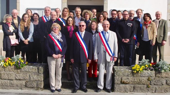 Combrit Sainte Marine :Dimanche 30 mars 2014  - Installation du Conseil Municipal