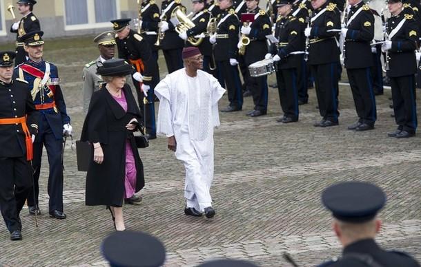 La reine et le président