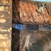 découverte du plancher très abîmé après démontage de l'intérieur