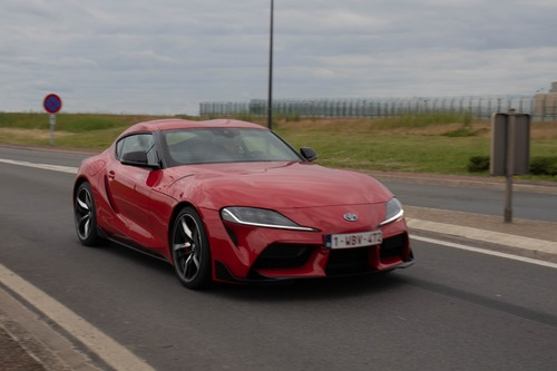Toyota Supra à Châteaudun - Présentation nationale