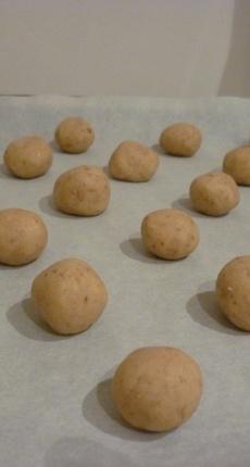 Petits gâteaux de Noël 4 : Walnussbredele (petits gâteaux aux noix)