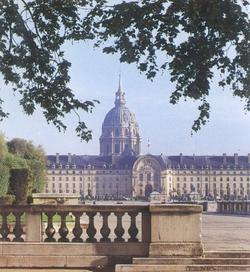 L'église de Louis XIV et le tombeau de l'Empereur