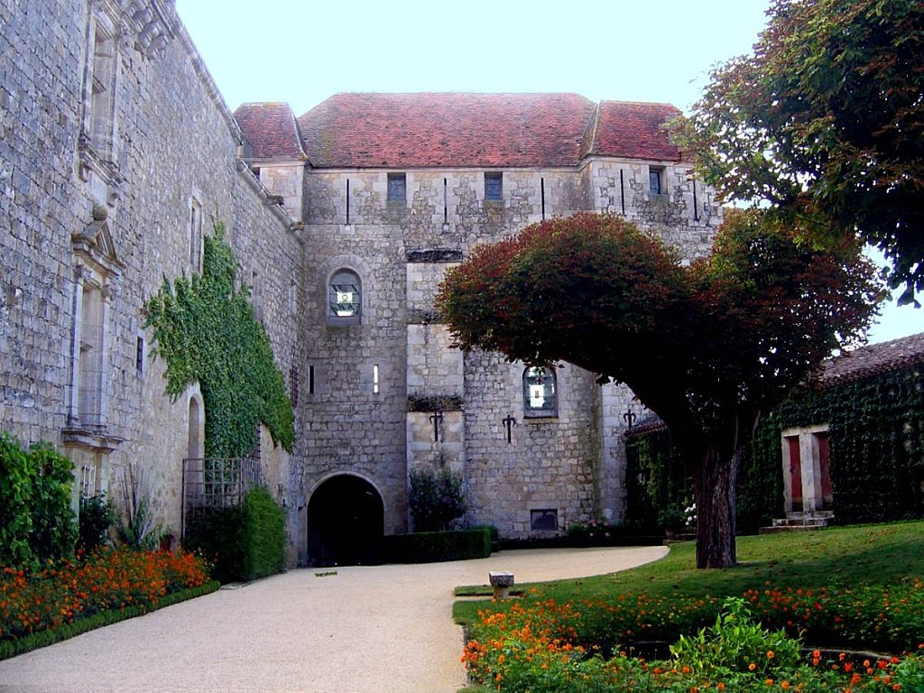 Gramont-arriere chateau