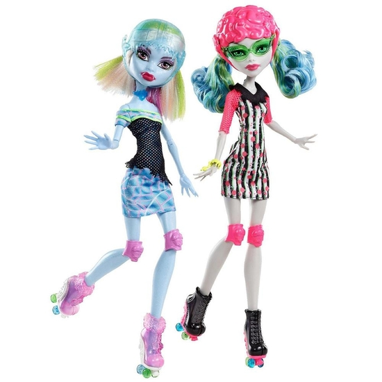 Ghoulia and Abbey