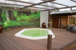 Installer une piscine apporte une valeur ajoutée au logement