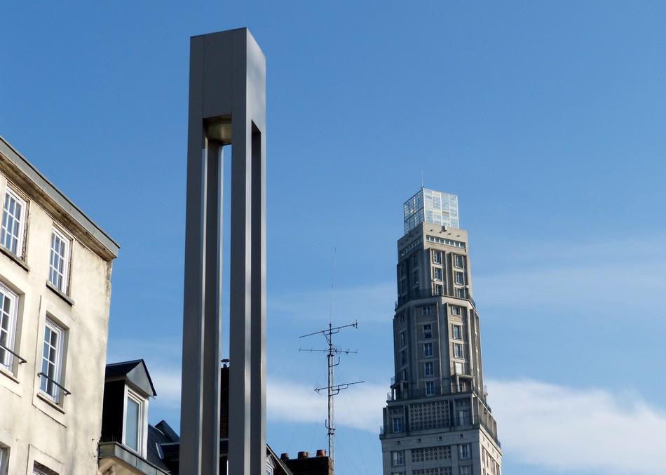 Pfff, l'est haute, la Tour Perret d'Amiens