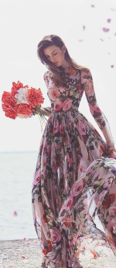 j'aime beaucoup les robes à fleurs