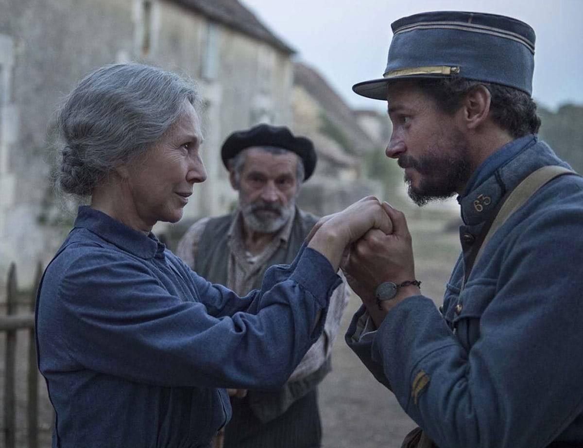 Extrait du film Les Gardiennes de Xavier Beauvois (2016)