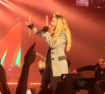 Rebel Heart Tour - 2015 10 24 - Las Vegas (1)
