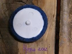 bouton broderie au ruban de soie dos