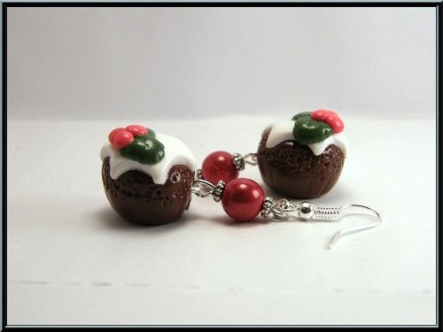Boucles d'oreille gâteau au chocolat de Noël en Fimo