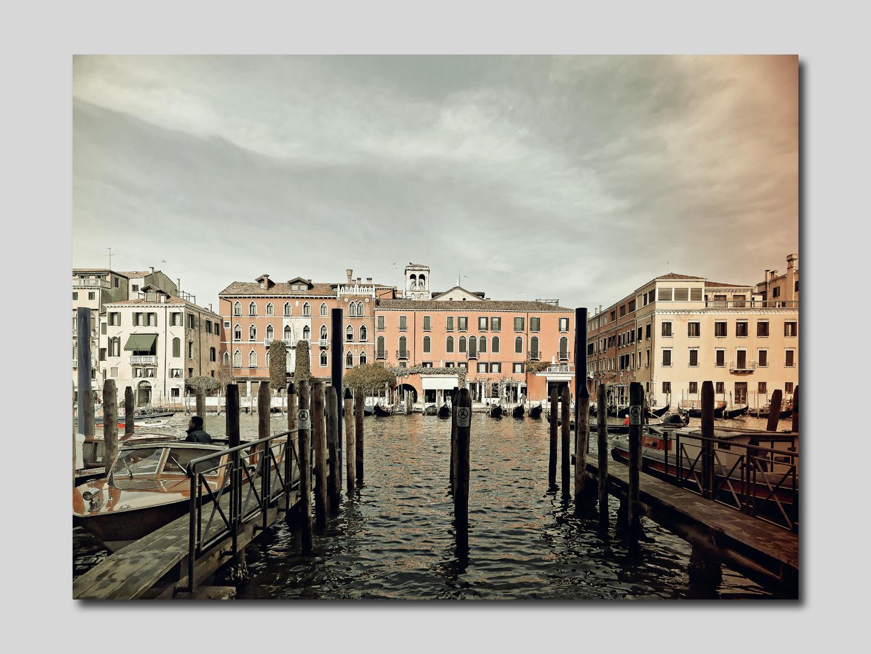 Vivre Venise Ciel du matin et ponte de l'Abazia (quartier Dorsoduro)