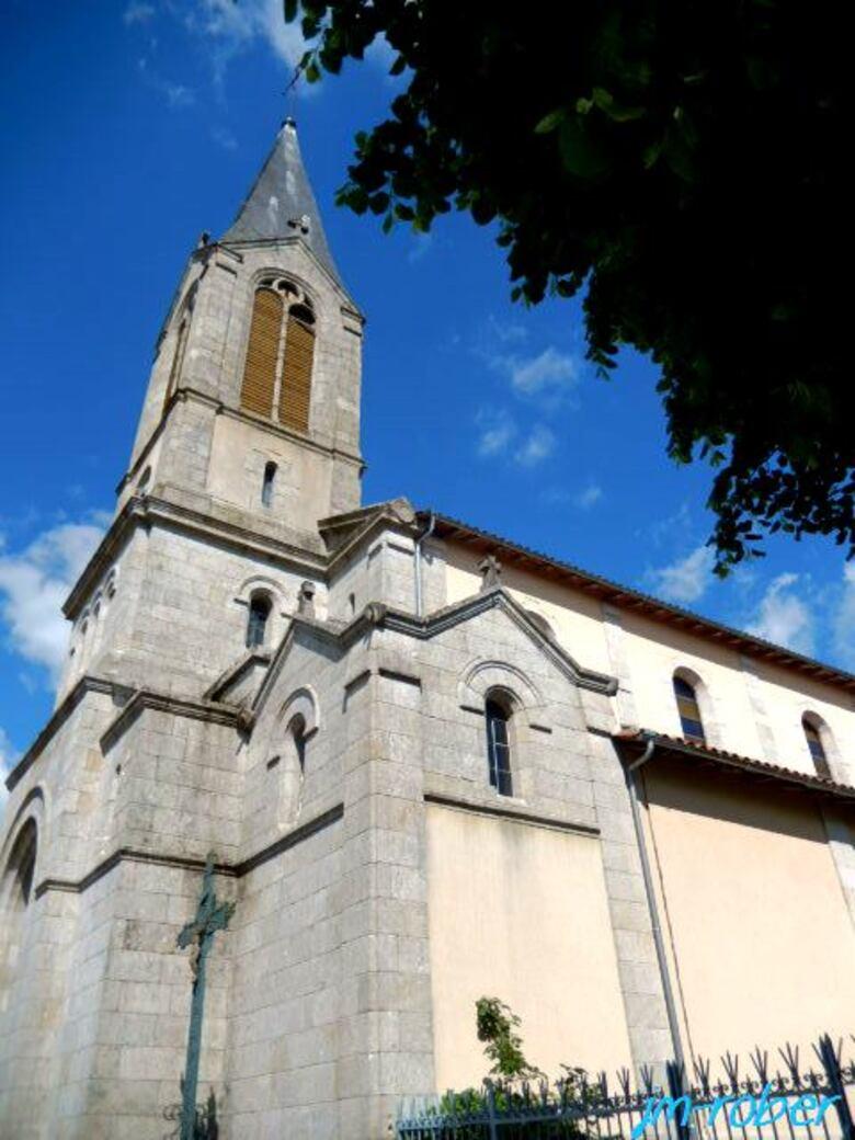 Châlus 87:Son église romane «Notre-Dame-de-l'Assomption de Châlus»