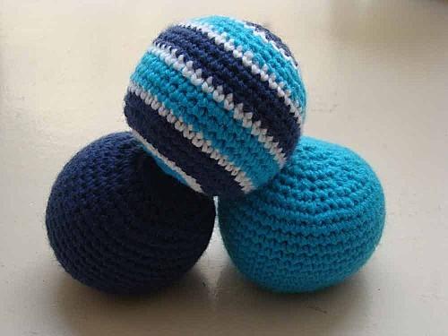 balles-crochet-bleue-et-tur.jpg