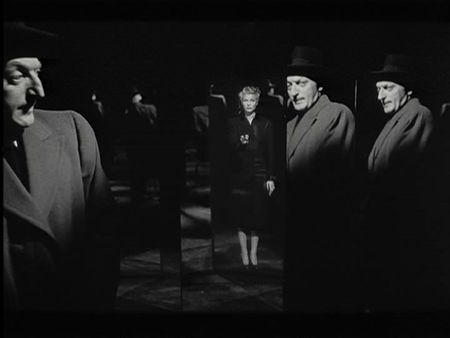 a_Orson_Welles_The_Lady_from_Shanghai_Rita_Hayworth_DVD_Review_PDVD_019
