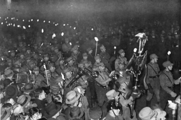 Procession des nazis