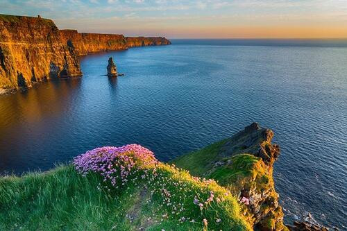 IRLANDE. The Beauty of Ireland, by Drone  (Voyages)