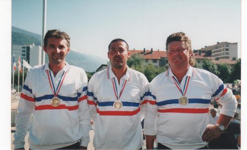 les qualifiés du 06 de 1990 à 1999