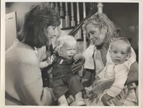 Val retrouve ses bébés ,les Fischer les perdent.