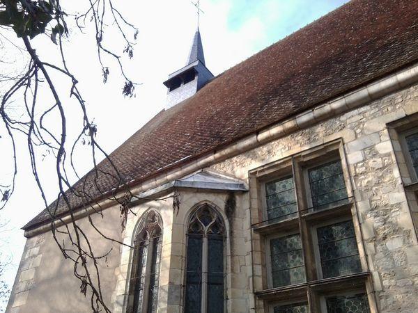 Issoudun-Hospice-chapelle-2.jpg