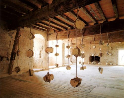 Kounellis châteaux de Plieux, 1995
