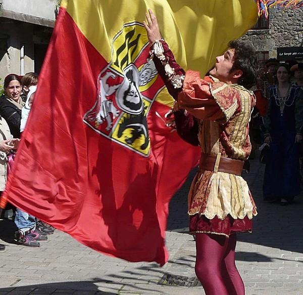 Medievales-Guerande--Drapeau-P1260638.JPG