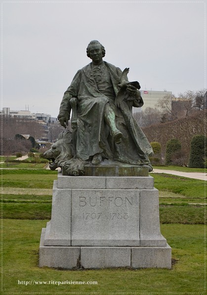 Statue de Buffon Jardin des Plantes 2