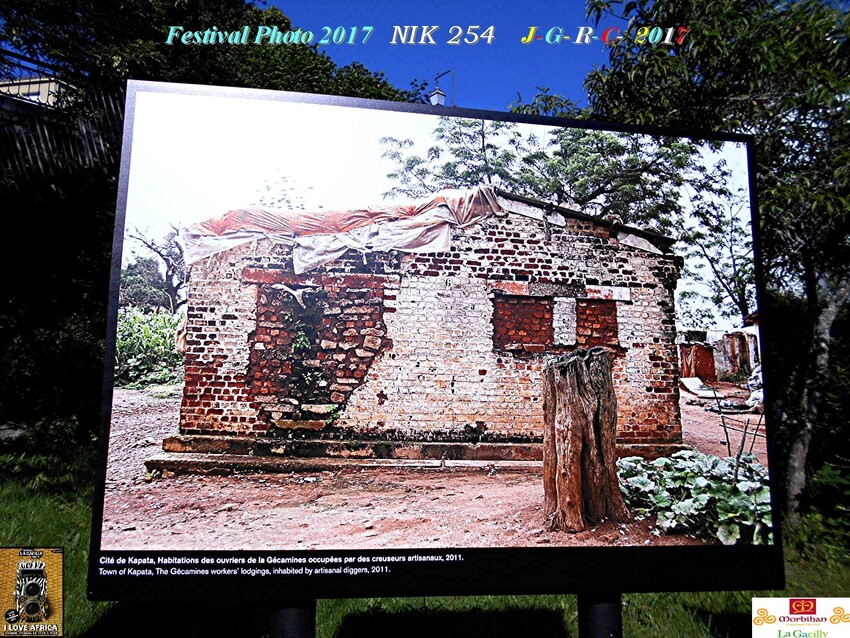 FESTIVAL PHOTO DE LA GACILLY GLENAC LA CHAPELLE GACELINE      D    22/08/2017