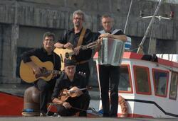 Et encore...sur le port à Saint-Nazaire