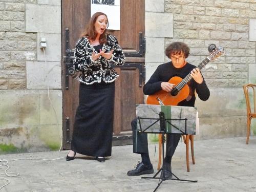 """""""La Rose en flammes"""" au château de Rochefort..."""