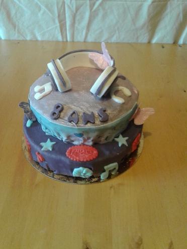 Violetta gâteau anniversaire