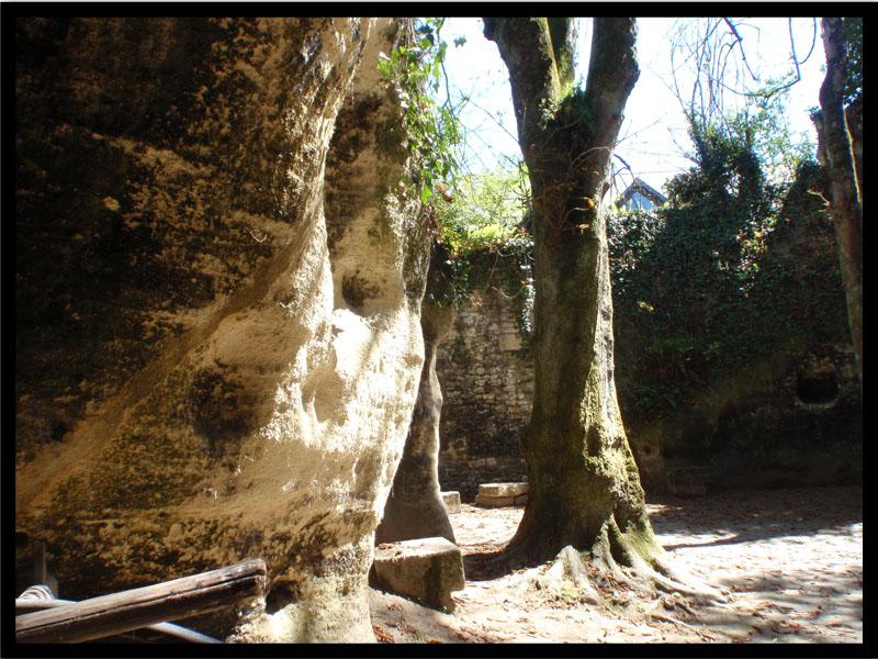 49700 Louresse Rocheminier Village troglodyte
