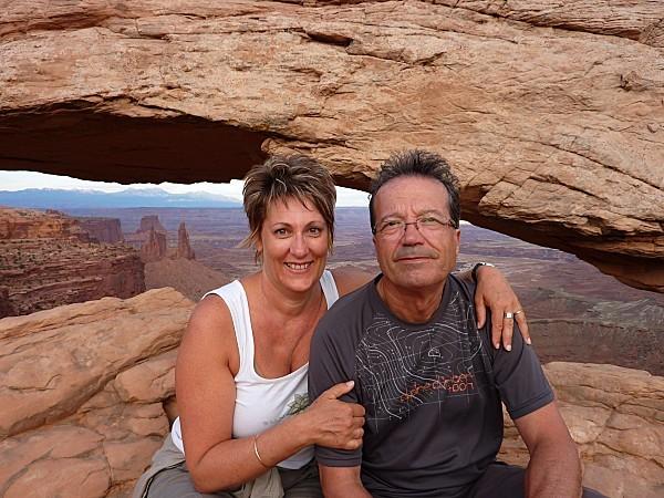 Jour 6 Canyonlands Mesa Arch nous 2