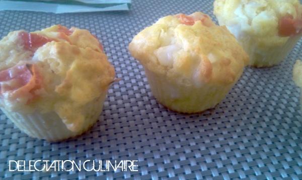 Muffins au fromage de chèvre et aux tomates