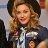 2013 03 16 - Madonna @ GLAAD Media Awards (27)
