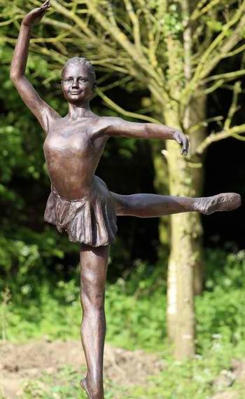 ballet_sculpture_bronze_med