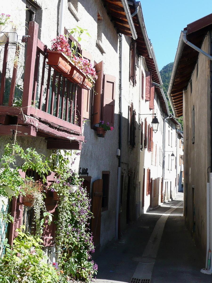 Balade sympathique à Tarascon sur Ariège.